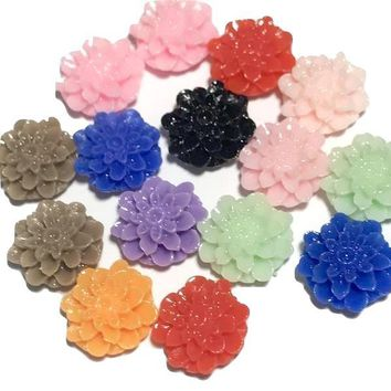 Assorted colors dahlia flower resin 15mm / 1-10 pieces