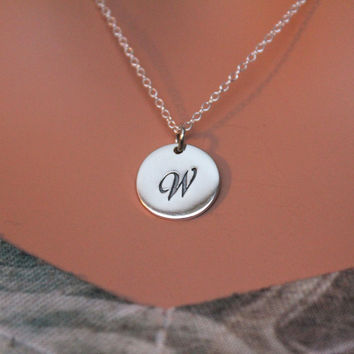 Cursive Circular W Initial Charm Necklace