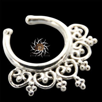Fake Septum Ring - Faux Septum Ring - Fake Piercing - Clip On Piercing - Clip On Septum - Septum Jewelry - Septum Cuff - Nose Jewelry SPF12