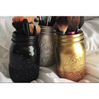 Mason Jar glittery ombre makeup brush holder