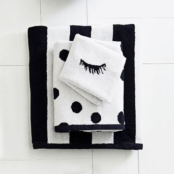 The Emily & Meritt Black and White Towel Set