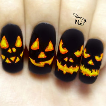 Jack O'-Lantern Halloween Pumpkins Glow in the Dark Nail Art. Handmade False Nails, Fake Nails, Press On Nails, Micropainting On Nails