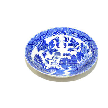 Vintage Blue Willow Serving Bowl Blue and White China Chinoiserie Decor Transferware Asian Bowl Japanese Bowl