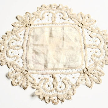 Old Lace Hanky,Off White Linen Handkerchief with Battenburg Lace,Vintage Wedding Hanky,Cream Lacy Hanky, Vintage Linens, Something Old