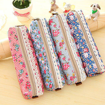 New Lovely Retro Flower Floral Lace Pencil Cosmetic Zipper Pouch Purse Container