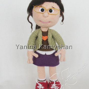 Girl in glasses, crochet doll, amigurumi, pdf