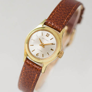 Small woman's watch Betina, gold plated girl watch, mechanical lady's watch 60s, Swiss made woman wristwatch gift, premium leather strap new