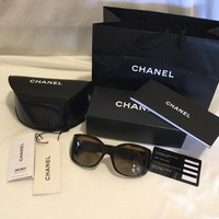 Chanel Sunglasses Ladies Tortoise Shell Case Box Bag Tags Included
