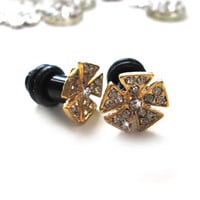 Golden Girl Flower Glam rhinestone plugs for Gauged Ears - 1 Pair (2pcs) 6mm / 2g