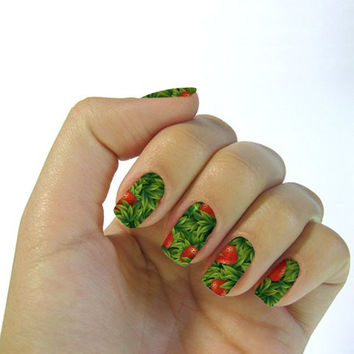 One Sheet Strawberry and Leaf Pattern Water Transfer Print Nail Sticker