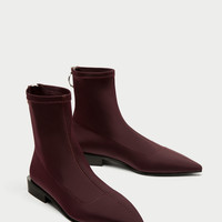 ELASTIC LOW HEEL ANKLE BOOTS WITH RING DETAIL DETAILS