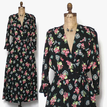 Vintage 40s DRESSING GOWN / 1940s Floral Bouquet Print Rayon Belted Robe