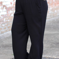 Wide Leg Pants in Black {Curvy}