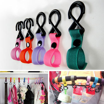 New Plastic Baby Stroller Accessories Pram 2 Hooks Pushchair Car Hanger Hanging Strap