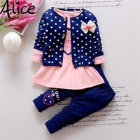 2016 New Baby Girl clothing Sets kids 3PCS coat+ T shirt + Pants children Cute Princess Heart-shaped Print Bow baby girl outfits
