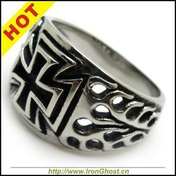 Free Shipping Men Charm Silver Cross Finger Rings Stainless Steels Vintage Knight Biker Bands Flame Ring Punk Jewely