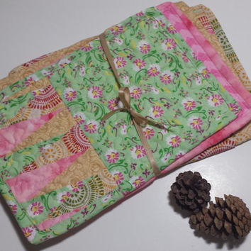 Snack Mat SET, quilted, reversible, four mini placemats