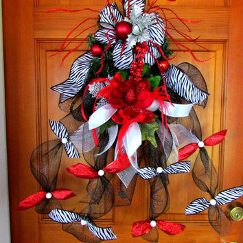 Swag, Christmas swag, winter swag, winter decor, Christmas decor, holiday wreath, home decor, door hanger, wall hanging, zebra print