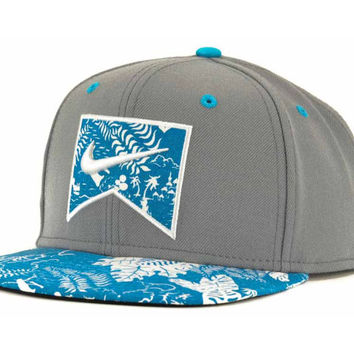 Nike Action Aloha Ribbon Snapback Cap