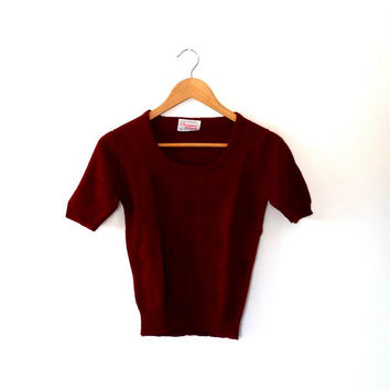 Champions maroon pointelle sweater / diamon knit / 40s / 50s style / vintage / 1970s / short sleeve sweater / smart / acrylic knitted top
