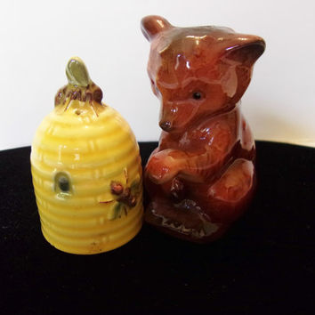 Goebel West Germany Bear Beehive Salt Pepper Shaker Ceramic Antique Porcelain
