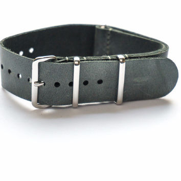 LEATHER NATO STRAP LED GRAY