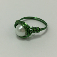 Green Scoliosis Awareness Glass Pearl Wire Ring, Green Wire Ring with one White Glass Pearl Bead by Michelaneous