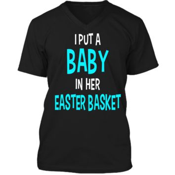 Funny Pregnancy Announcement Dad Easter Baby Announcement Mens Printed V-Neck T