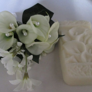 Cala Lily. BIRTHDAY, WEDDING SOAP with shea butter,  gift set  ready to ship wedding, shower, thank you, mother of the bride, lily fragrance