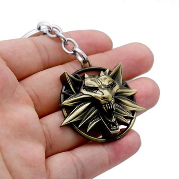 2018 The Witcher 3 Keychain Wild Hunt Wolf Shape Key Ring Holder Metal Fashion Car Bag Chaveiro Key Chains Pendant Game Jewelry