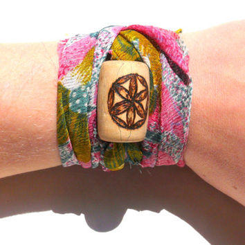 Wooden bracelet, Flower of Life, FOL bracelet, natural hippie bohemian wood jewelry: customized upcycled and personalized, spiritual love!