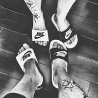"""""""Nike"""" Unisex Personality Casual Multicolor Letter Slippers Couple Summer Home Beach Sandals Shoes"""