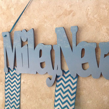 Frozen Themed Personalized Custom Wood Girls Hair Bow Holder/ Hanger