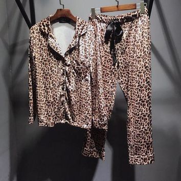 Dolce & Gabbana Women Leopard Silk Satin Pajamas Set Pajama Pyjamas Set Sleepwear Loungewear