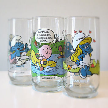 Vintage Drinking Glasses, Set of 3, Charlie Brown and The Smurfs - collectibles, glass tumblers, pop culture, gift for him