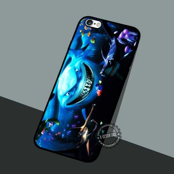 Baby Dory And Nemo - iPhone 7 6 5 SE Cases & Covers #cartoon #animated #FindingNemo
