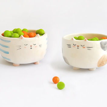 Solidarity Ceramic Pet Feeder, Pet Bowl,  Cat Shape, with Blue Stripes or Brown Spots. Customizable with Name. Made To Order