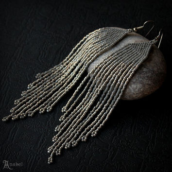Grey sparkle earrings Gray beaded earrings Long seed bead earrings Sparkly fringe earring Long dangle earring Silver beaded fringe earrings