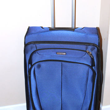 "Samsonite 27"" HiLite 3.0 Carry-On Spinner Luggage - Blue"