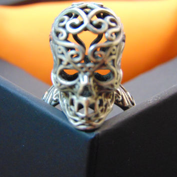 Stunning sterling silver skull ring-Day Of The Dead Mexican Skull Ring-Mexican Catrina Skull Silver Ring-Sugar skull silver ring