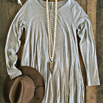 Carolina Dress - Gray (Long-Sleeve)