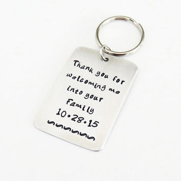 Personalized father-in-law wedding gift with date Mother-in-law wedding gift - Thank you for welcoming me into your family keychain