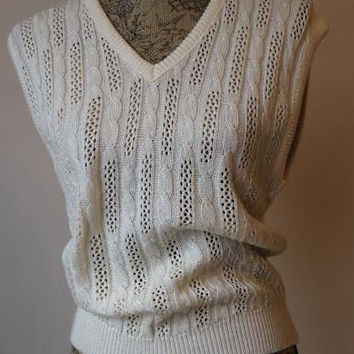 Vintage 1980s Cream colored Pullover Sweater- Cable Mesh Knit Sweater- Sleeveless Sweater-80s eighties-Blake by Devon- VNeck- small medium