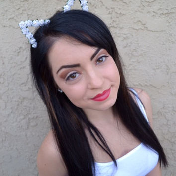White Floral Cat Ears #E1005