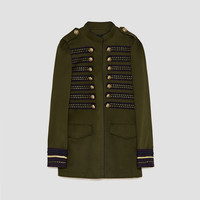 MILITARY STYLE JACKET DETAILS