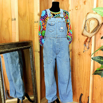 Vintage 90s overalls / size M / 90s grunge / womens light wash bib overalls /Union Bay denim over all jeans / gravelstreetvintage