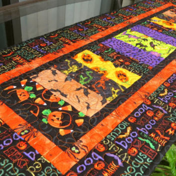 Quilted Halloween Table Runner Quilt Hocus Pocus 642