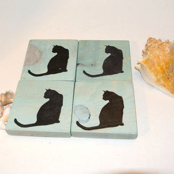 Cat - Blue Wash Painted Wood Coaster with Sitting Cat Stencil - Made from Recycled Pallet - Beachy Chic