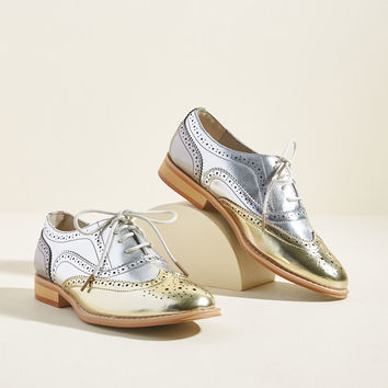 Talking Picture Oxford Flat in Metallic Trio