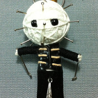 Hellraiser Horror Movie Pinhead Killer String Voodoo Doll Keyring Keychain film cartoon Key Ring Key Chain handmade funny Bag small gift